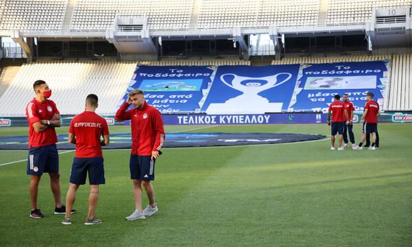 Ολυμπιακός-ΠΑΟΚ: Με στόπερ τον Εμβιλά στον τελικό - Η ενδεκάδα των «ερυθρόλευκων»