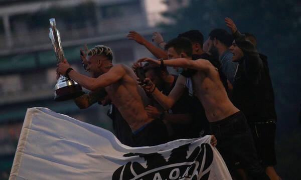 ΠΑΟΚ: «Κάηκε» η Θεσσαλονίκη για τους Κυπελλούχους - Ξέφρενο πάρτι μέχρι το πρωί (photos+videos)
