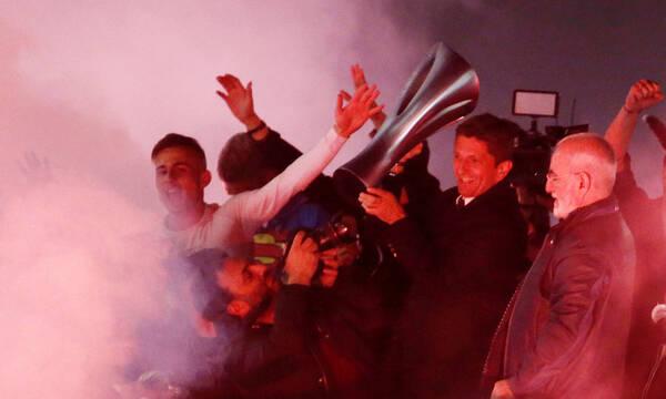 ΠΑΟΚ: Ρήτρα ρεκόρ και μπουρλότο από Αγγλία με χρώμα… Ολυμπιακού για Λουτσέσκου! (photos)