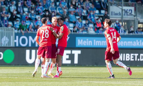 Bundesliga: Η Κολωνία του Λημνιού διέσυρε το Κίελο του Γκέλιου κι έμεινε στην κατηγορία! (video)