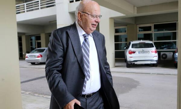 Βασιλακόπουλος: «Ενεργεί αντισυνταγματικά και χωρίς αρμοδιότητα ο κ. Αυγενάκης»