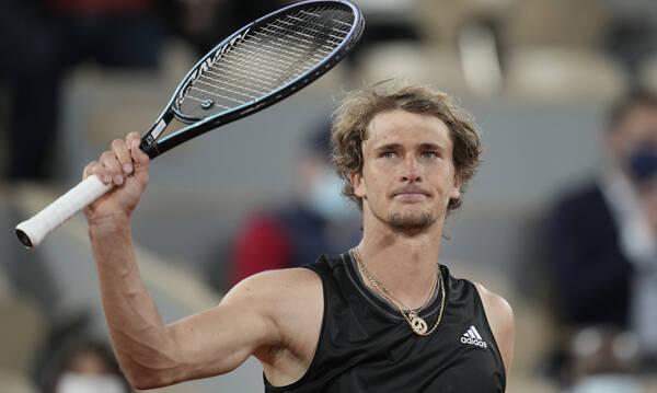 Roland Garros: Εύκολα στους «16» ο Ζβέρεφ