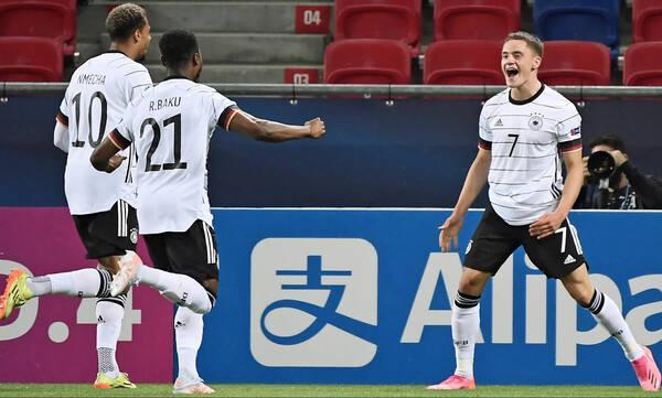 Το παιδί-θαύμα της Γερμανίας πέτυχε το ΑΠΟΛΥΤΟ ΓΚΟΛ για το 2021 (video)