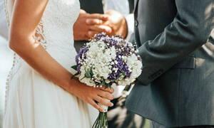 Έγινε το απόλυτο Viral στο γάμο της αδερφής της - Δεν θα πιστεύετε πως ντύθηκε
