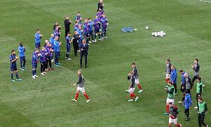 Euro 2020: Απίστευτη στιγμή-Οι Φινλανδοί διεθνείς χειροκρότησαν τους παίκτες της Δανίας! (Video)