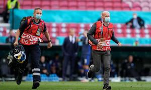 Euro 2020: Γιατρός Δανίας-«Ανέπνεε όταν μπήκαμε, αλλά αυτό άλλαξε γρήγορα»!