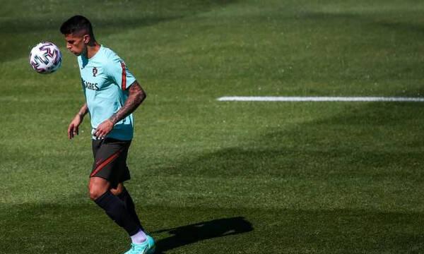 Euro 2020: Εκτός διοργάνωσης ο Κανσέλο - Θετικός στον κορονοϊό