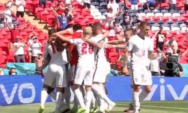 Euro 2020: Σκόραρε ο Στέρλινγκ, «τρελάθηκε» το Γουέμπλεϊ (video)