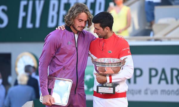Τσιτσιπάς - Roland Garros: Συγκινούν οι εικόνες του Στέφανου μετά τον τελικό (photos+video)