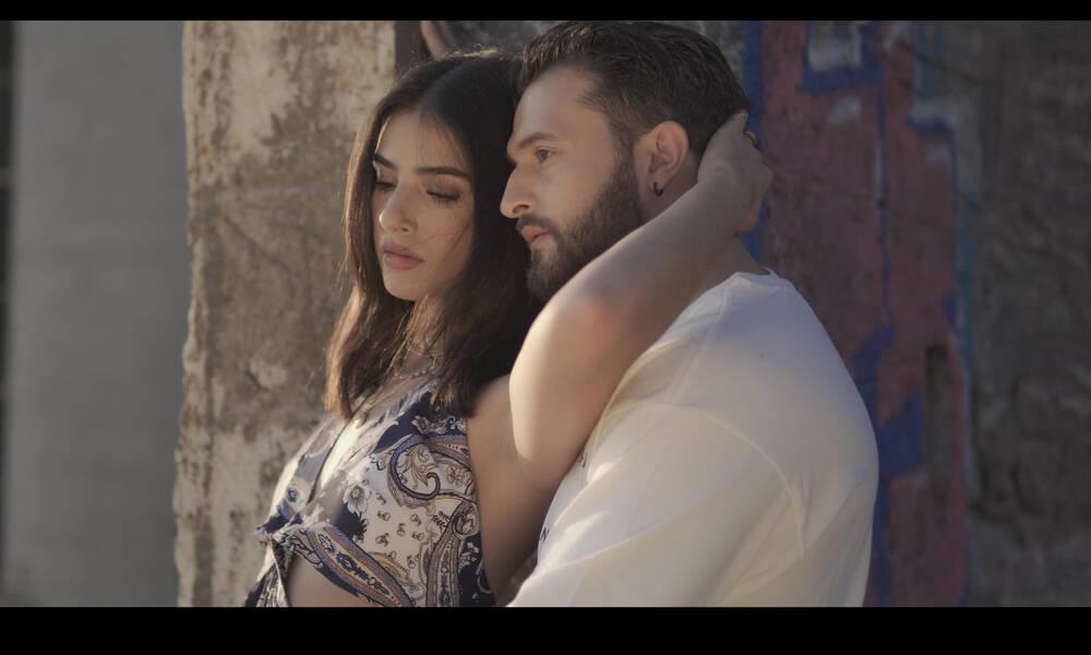 Κώστας Φιλίππου: Μόλις κυκλοφόρησε το νέο του single «Μ΄ αυτό το βλέμμα»