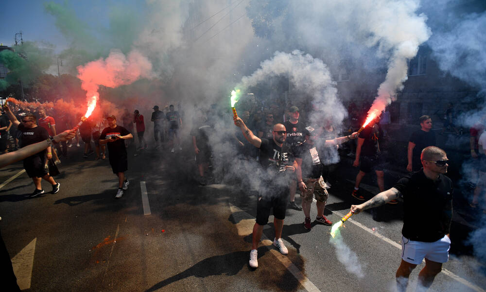 Euro 2020: Ορδές… Ούγγρων - Χιλιάδες πάνε με πορεία στην «Puskas Arena» (photos+videos)