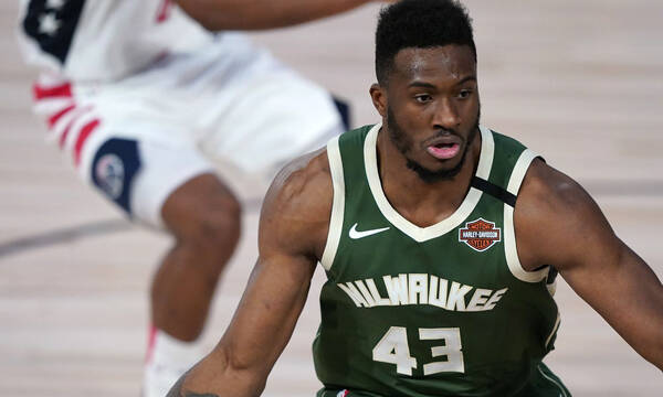 NBA: Σπουδαία κίνηση από Θανάση Αντετοκούνμπο - Πληρώνει εισιτήρια Ελλήνων στο Game 7 με τους Νετς