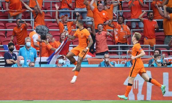 Euro 2020 - Ολλανδία: Δεν ξεκουράζει την ομάδα του ο Ντε Μπουρ πριν τους «16»