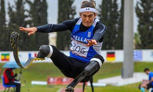 Παγκόσμιο ρεκόρ ο Μαλακόπουλος στο μήκος - «Χάλκινος» ο Μπακοχρήστος