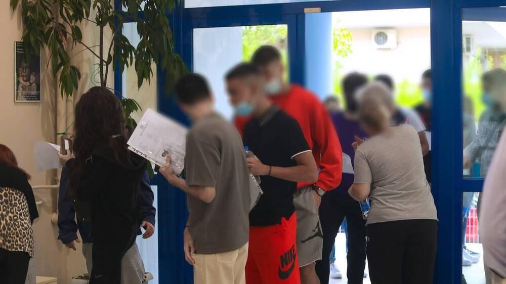 Πανελλήνιες 2021: Ολοκληρώνονται οι εξετάσεις για τους υποψήφιους των ΓΕΛ