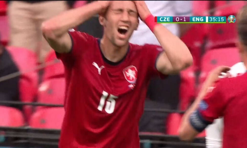 Euro 2020: Απίθανη ευκαιρία η Τσεχία - Έμεινε... αγαλμα ο Πίκφορντ (video)