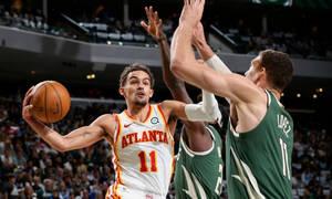 NBA: Μπρέικ για Χοκς με απίθανο Γιάνγκ - Το πάλεψε ο Αντετοκούνμπο (photos+video)