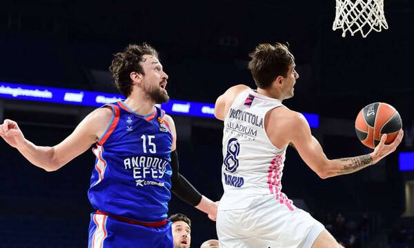 ACB: Ελεύθερος ο Λαπροβίτολα, πλησιάζει στη Μπαρτσελόνα! (photos)