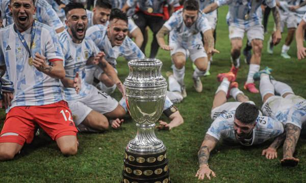 Copa America: Ατελείωτο γλέντι και στην άφιξη – «Ο μάγος Μέσι κι ο Μαραντόνα»! (video+photos)