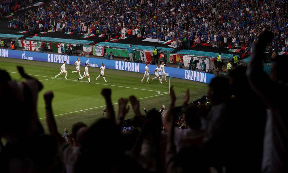 Euro 2020: Χαμός σε όλη την Αγγλία με το γκολ του Σο (video)