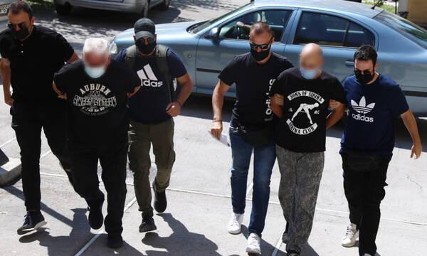 «Φυλάκισαν» και εξέδιδαν 19χρονη στην Ηλιούπολη: Τα 3 ερωτήματα της ΕΛ.ΑΣ. για την υπόθεση - σοκ