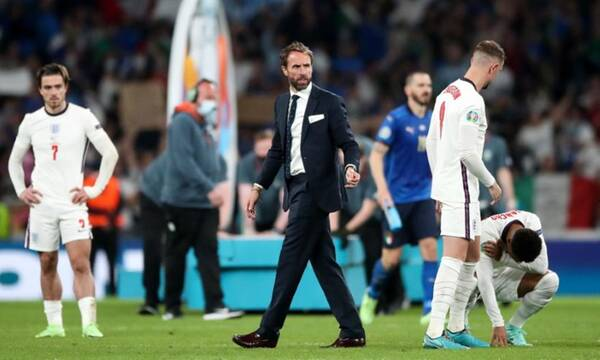 Euro 2020: Τα σχόλια του αγγλικού Τύπου - «Ψηλά το κεφάλι» γράφουν οι Άγγλοι (photos)