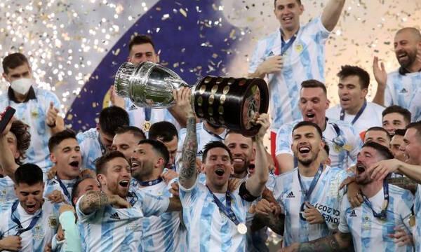 Αργεντινή: Η συγκλονιστική αφιέρωση του Μέσι στον Μαραντόνα (photos+video)
