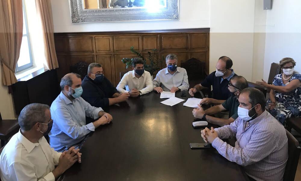 Χανιά: Υπογραφή σύμβασης για τη Μοναχή Ελιά