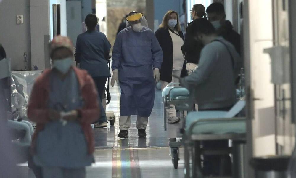 Κρούσματα σήμερα: 2.972 νέα ανακοίνωσε ο ΕΟΔΥ - 3 νεκροί σε 24 ώρες, στους 125 οι διασωληνωμένοι
