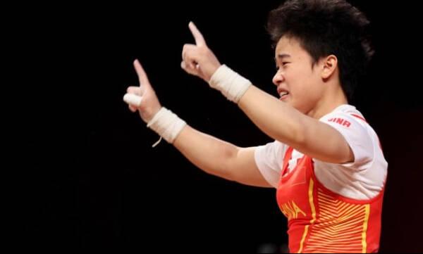 Ολυμπιακοί Αγώνες-Άρση Βαρών: Η Κινέζα Χου το χρυσό στα 49κ. σηκώνοντας 210κιλά! (video)