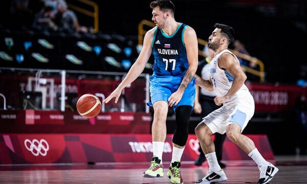 Ολυμπιακοί Αγώνες-Μπάσκετ: «Όργια» Ντόντσιτς στο α' ημίχρονο (photos+video)