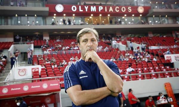 Ολυμπιακός: Το... ψάχνει ο Μαρτίνς - Με εμπόδια η προετοιμασία για Νέφτσι