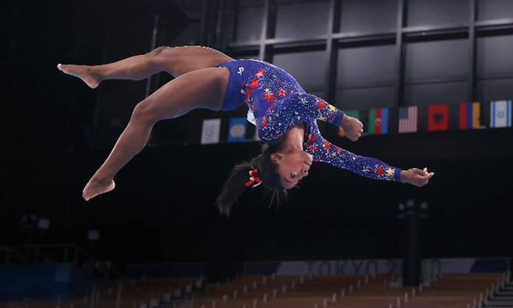 Ολυμπιακοί Αγώνες: Η Σιμόν Μπάιλς αποχώρησε και από το ατομικό! (photo+video)