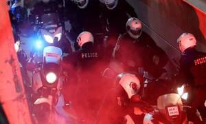 Άγρια συμπλοκή οπαδών στη Νέα Φιλαδέλφεια (video)