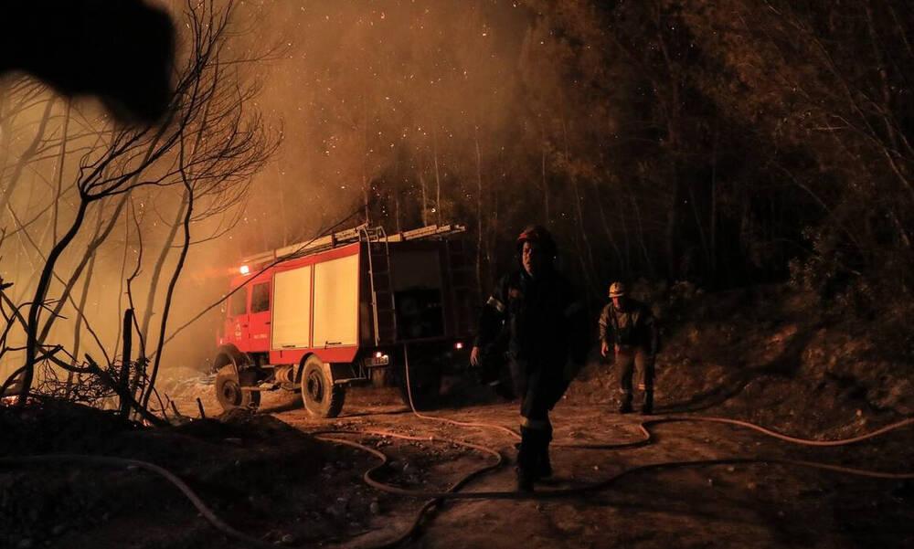 Φωτιά τώρα: Σε πύρινο κλοιό η Ελλάδα από Έβρο μέχρι Ρόδο