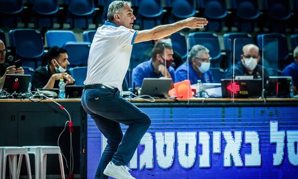 Εφήβων-Βλασσόπουλος: «Οι παίκτες να μην φοβούνται να σουτάρουν»