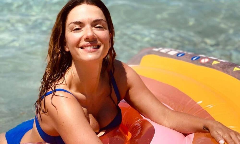 Βάσω Λασκαράκη: Η νέα αρετουσάριστη φωτό της με μπικίνι στα 41 της είναι το κάτι άλλο!