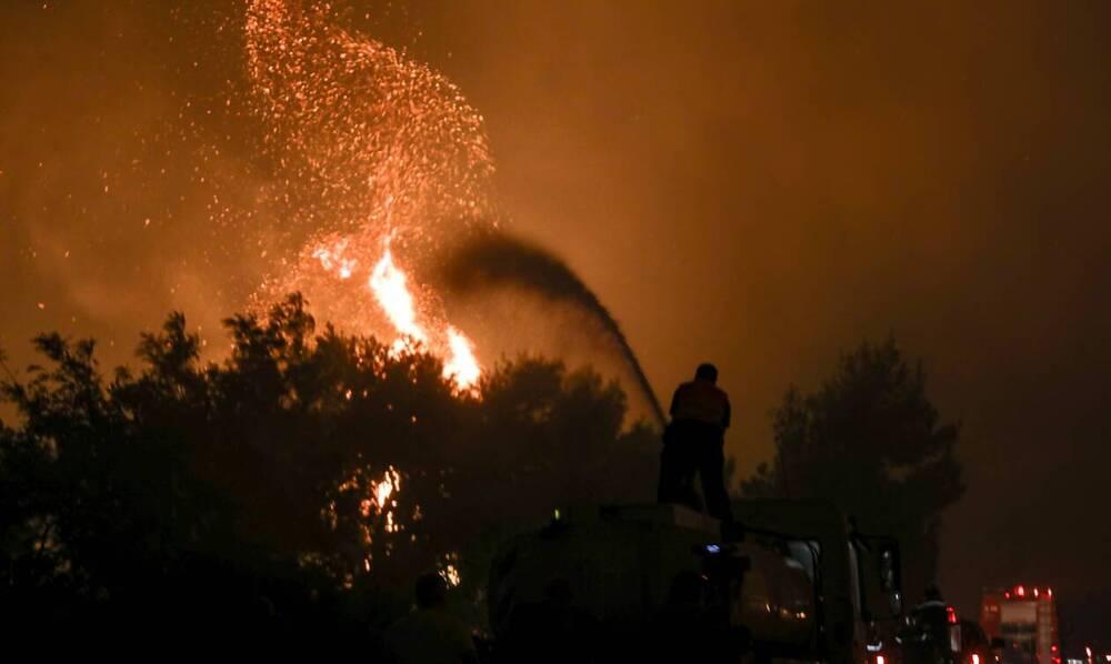 LIVE BLOG: Η Ελλάδα στις φλόγες - Λεπτό προς λεπτό όλες οι εξελίξεις για τις φωτιές