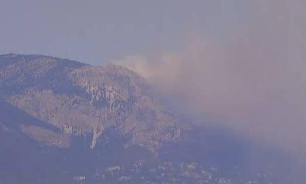 Φωτιά στην Αττική: Νέο μέτωπο στα ορεινά της Πάρνηθας