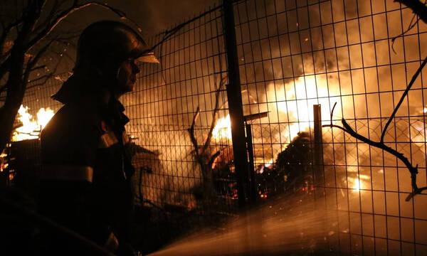 Φωτιά στην Αττική: Συγκινεί ο πατέρας του εθελοντή πυροσβέστη στη ΜΕΘ - Κάηκε για να σώσει το δάσος