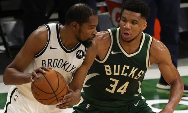 Γιάννης Αντετοκούνμπο: Πρεμιέρα στο NBA και απονομή δαχτυλιδιού μπροστά στον Ντουράντ