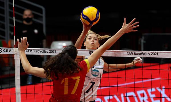 Ευρωπαϊκό πρωτάθλημα γυναικών: Ήττα και λιγοστές ελπίδες πρόκρισης από την Εθνική
