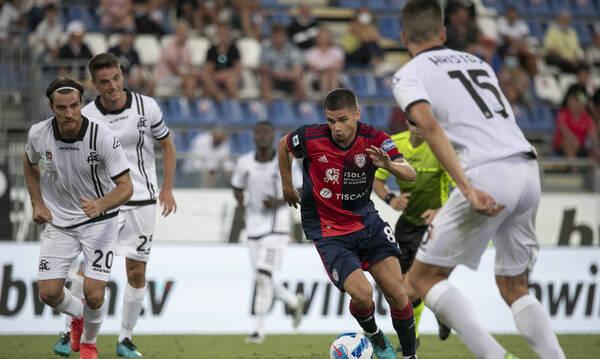 Serie A: Ο Ζοάο Πέδρο γλίτωσε την Κάλιαρι στη ματσάρα με τη Σπέτσια – Βασικός ο Νικολάου (video)