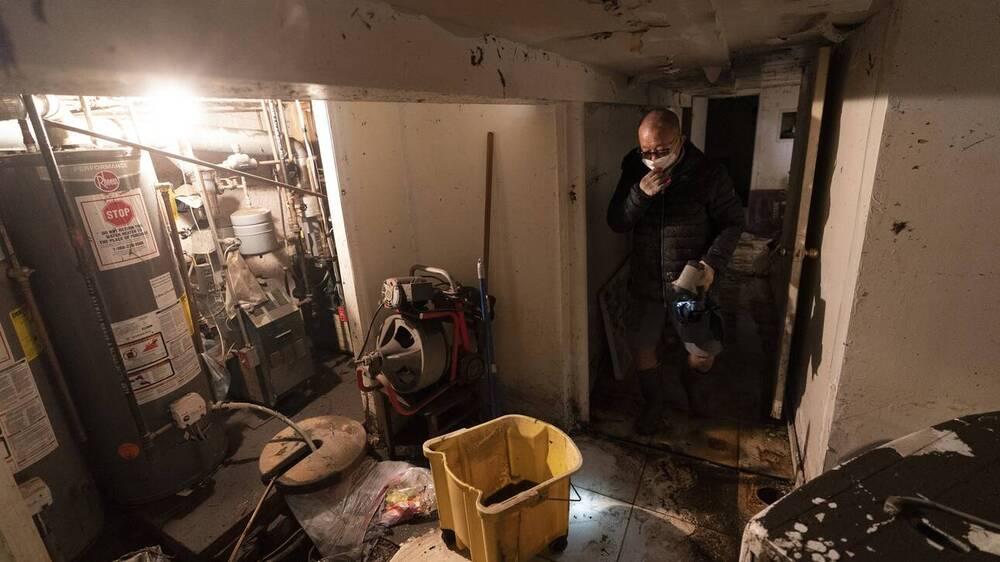 Κυκλώνας Άιντα: Τα παράνομα διαμερίσματα της Νέας Υόρκης έγιναν υγροί τάφοι για τους ενοίκους τους