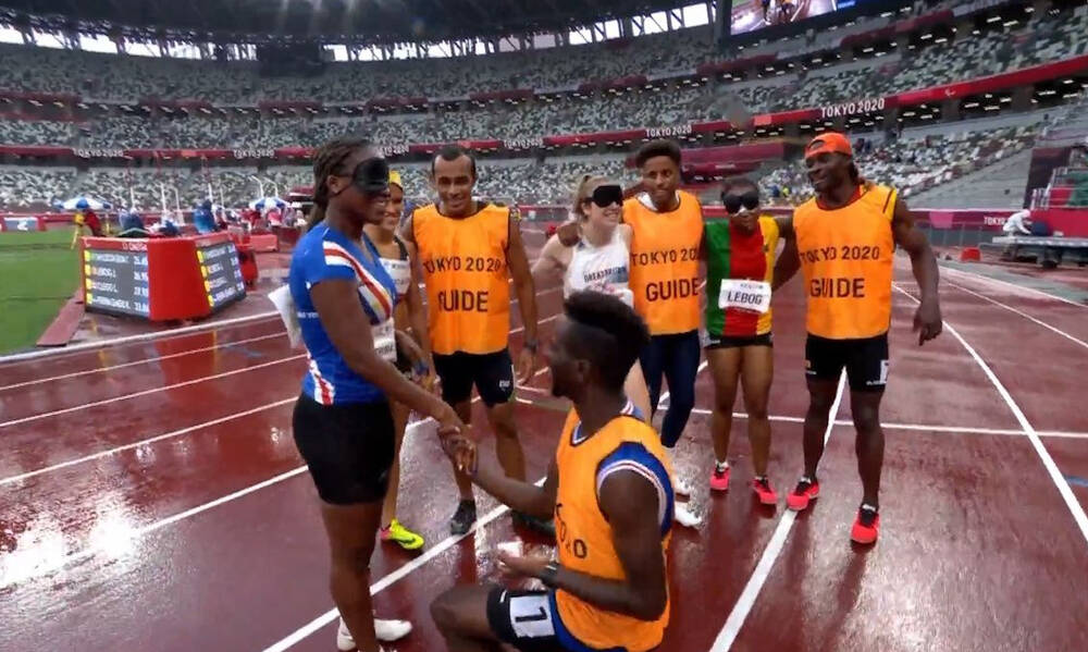 Παραολυμπιακοί Αγώνες: Πρόταση γάμου από τον συνοδό σε αθλήτρια! (video)