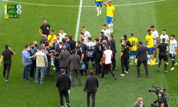 Βραζιλία-Αργεντινή: Οριστική διακοπή λόγω... κορονοϊού - «Μπούκαρε» η αστυνομία στο γήπεδο!