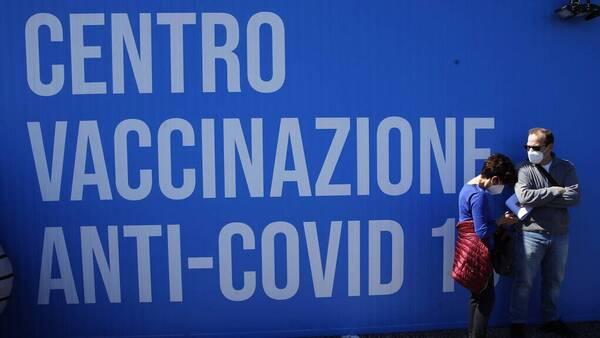 Κορονοϊός: Εικονικοί εμβολιασμοί (και) στην Ιταλία - Έρευνα για τη δράση νοσηλεύτριας