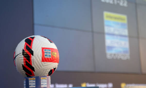 Super League: Εμβόλιμη η 3η στροφή με ντέρμπι - Το πρόγραμμα από τη 2η έως και την 5η αγωνιστική