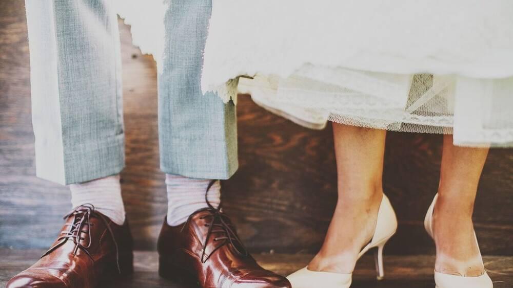 Χαμός σε γάμο στην Πάτρα: Εξαφανίστηκαν όταν έμαθαν ότι ο αδερφός του γαμπρού είχε κορονοϊό