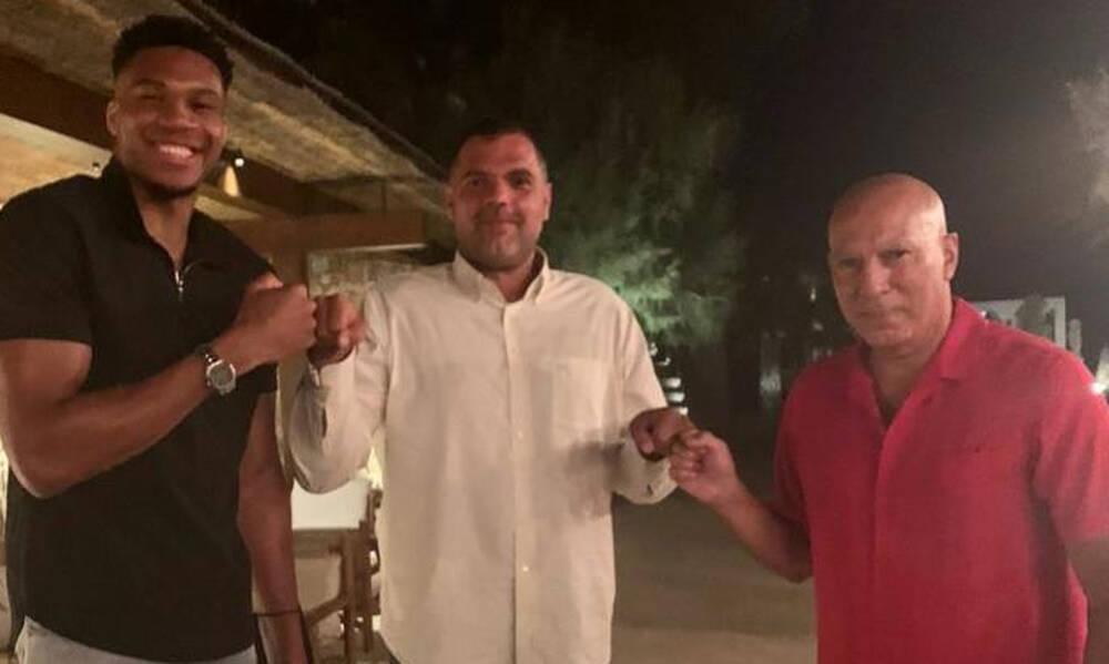 Συγκλονιστικός Παπανικολάου: Αποκάλυψε πως πάσχει από το σύνδρομο Άσπεργκερ!